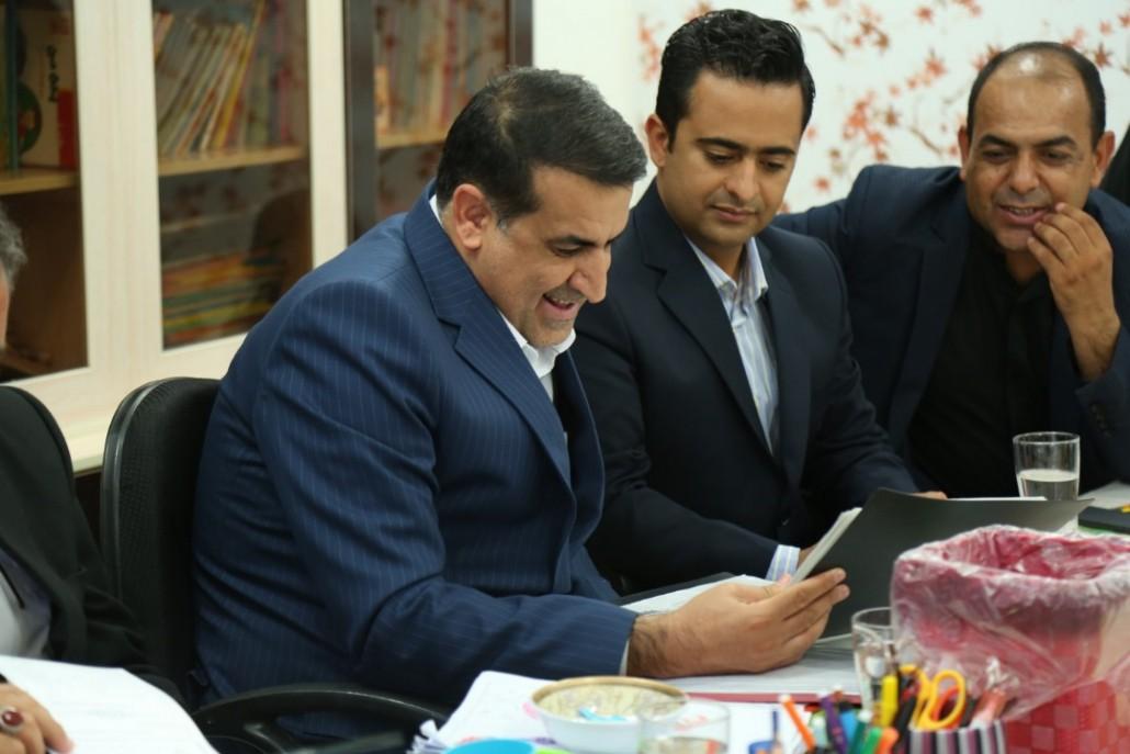 بازدید جناب دکتر مسعود زاده باقری  از زیر ساختهای موجود شهر بستک و جناح